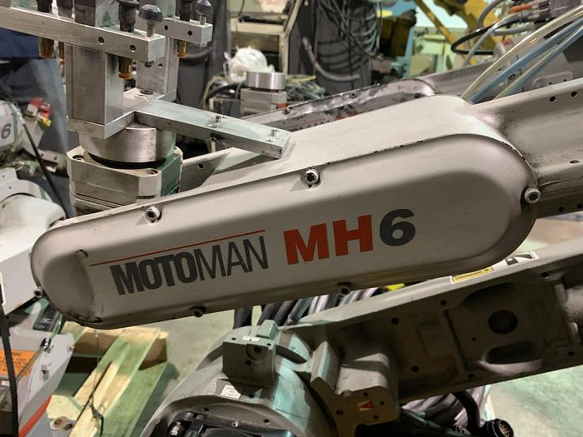 MOTOMAN ROBOT MH6 HIGH SPEED 6 AXIS ROBOT WITH DX100 CONTROLLER, CABLES & TEACH, SN S86C95-1-1 - Image 2 of 8