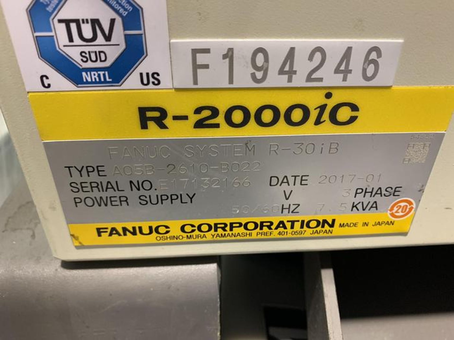 FANUC ROBOT R2000iC/125L 6 AXIS ROBOT WITH R30iB CONTROLLER, IR VISION, SN 194246, CABLES & TEACH - Image 17 of 19