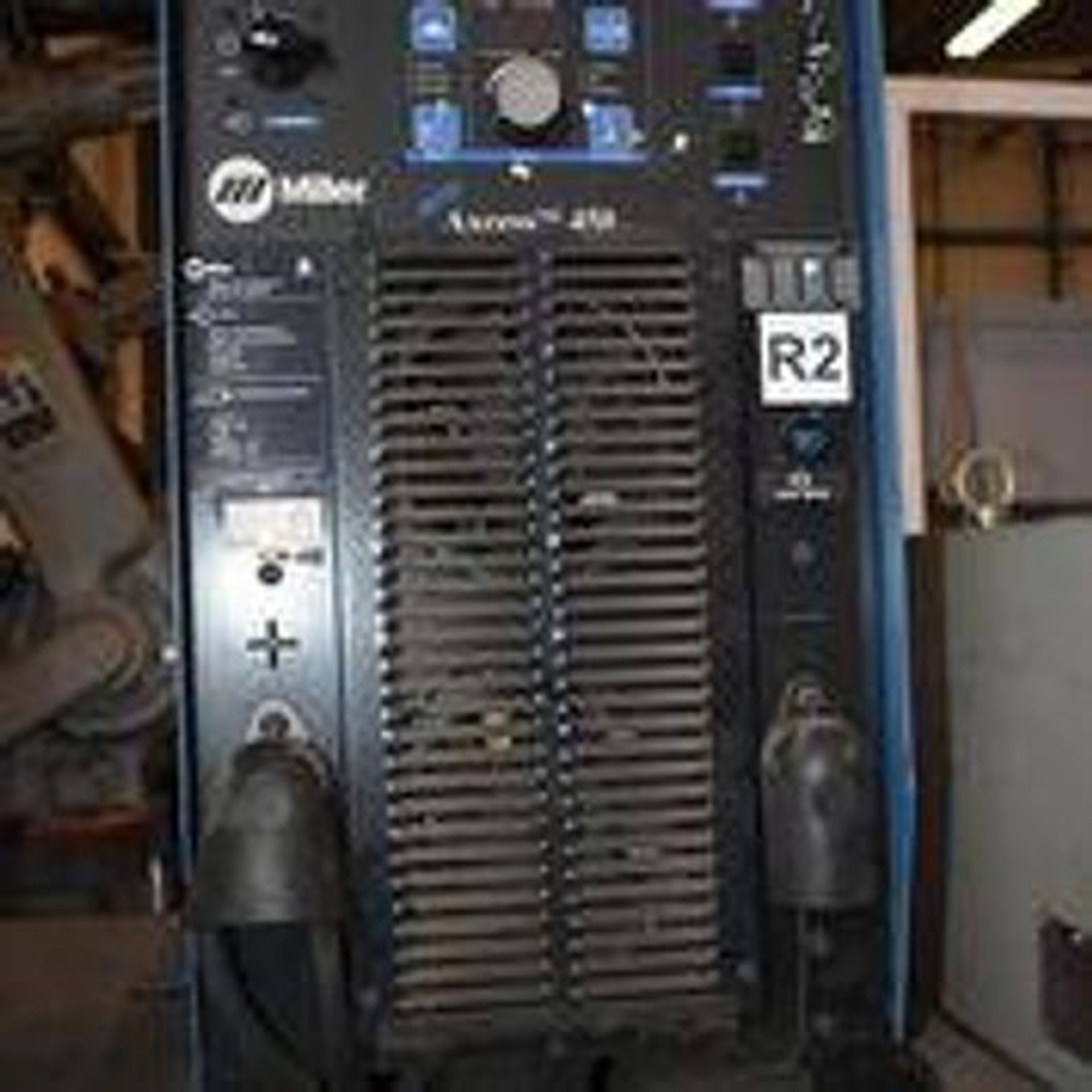 YASKAWA MOTOMAN EA1900N MULTI-ARM LARGE MIG WELDING CELL FOR LARGE TUBE AND PIPE APPLICATIONS - Image 18 of 53