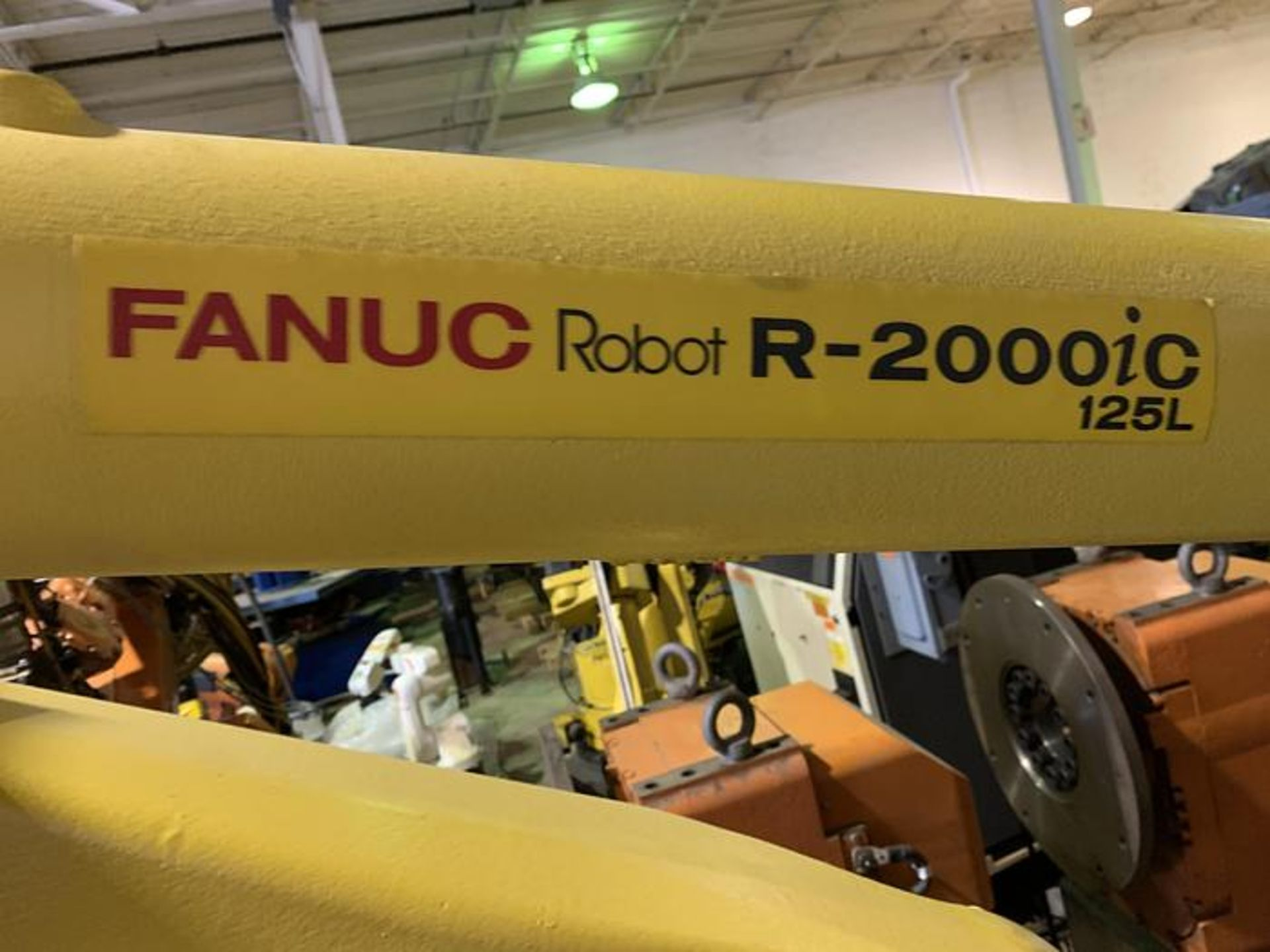 FANUC R2000iC/125L 6 AXIS CNC ROBOT WITH R30iB CONTROLLER, IR VISION, CABLES & REACH - Image 3 of 17