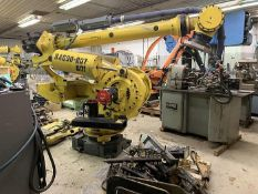 FANUC M900iA/400L 6 AXIS CNC ROBOT WITH R30iA CONTROLLER, CABLES & TEACH, SN F113428, YEAR 2011