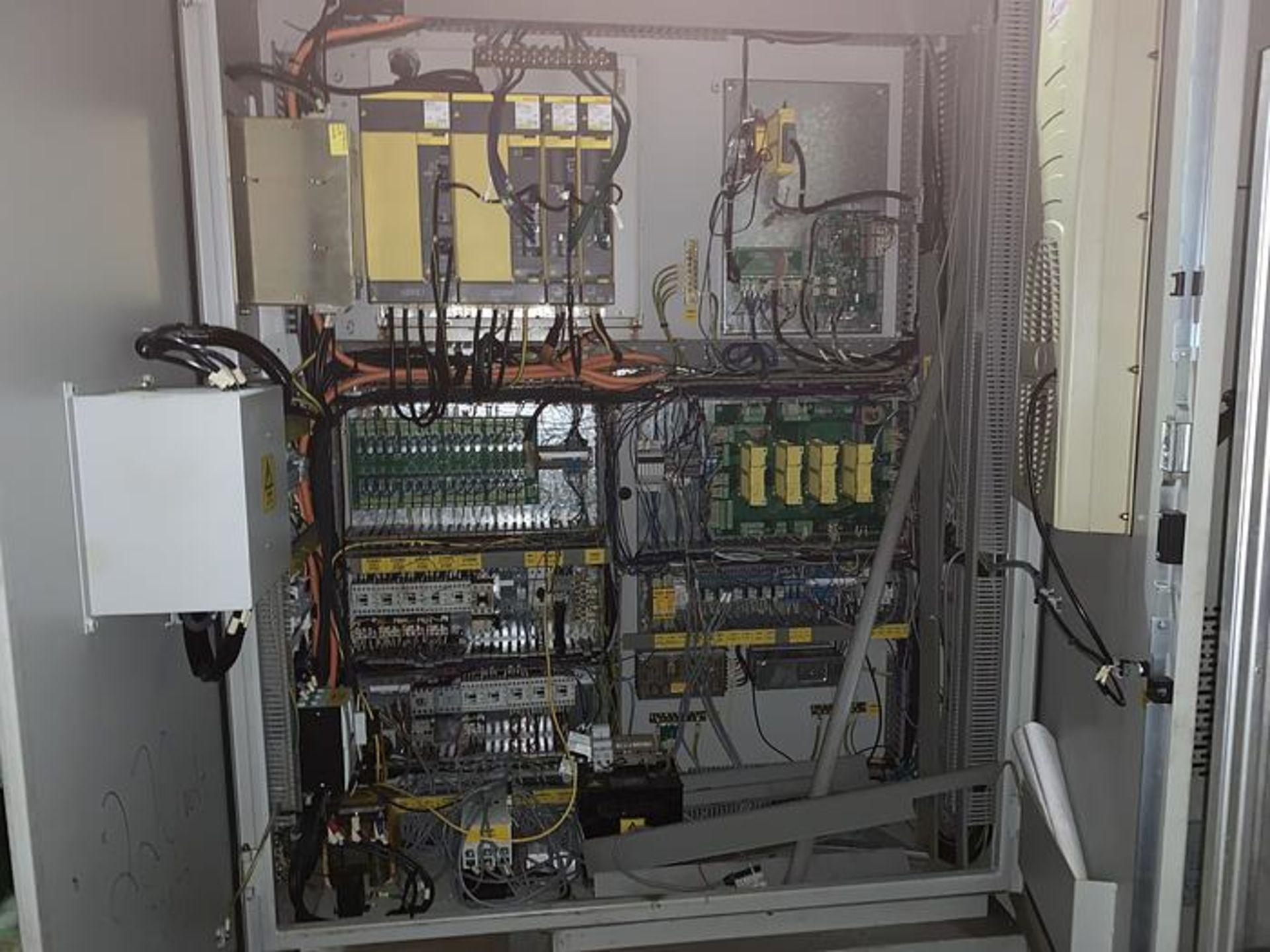 "HARDINGE XR760 CNC VMC PRODUCTION CENTER 30""X24""X24"", YEAR 2010, SN XRAB0A0001 - Image 7 of 12"