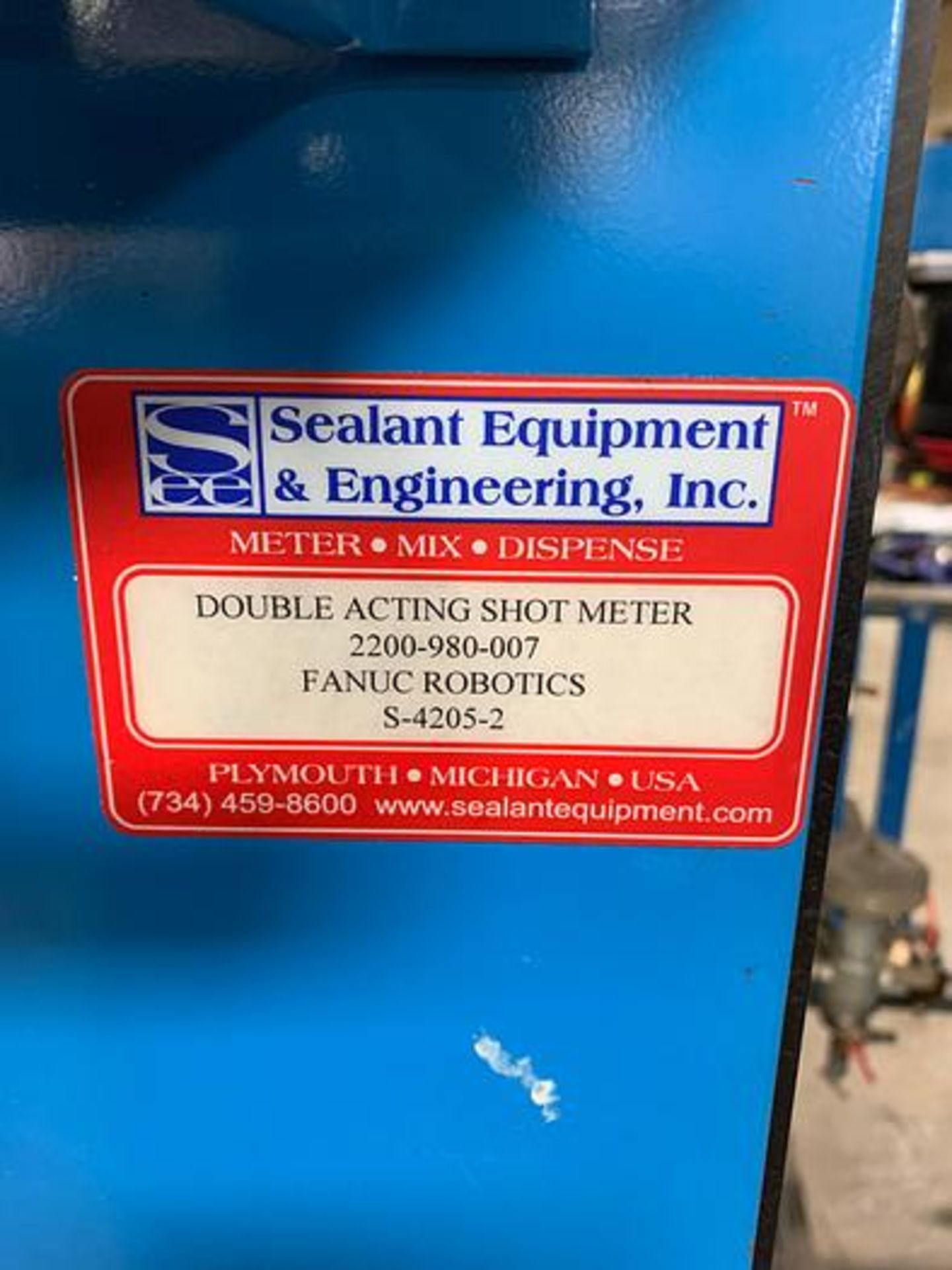 SEALANT EQUIPMENT & ENGINEERING MODEL 2200-980-007 SERVO DRIVEN ROBOTIC SEALANT APPLICATOR PUMP - Image 2 of 3