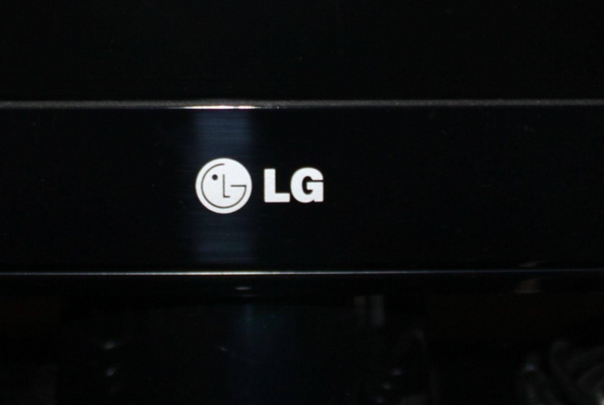 Lot 6 - LG Flat Screen Television