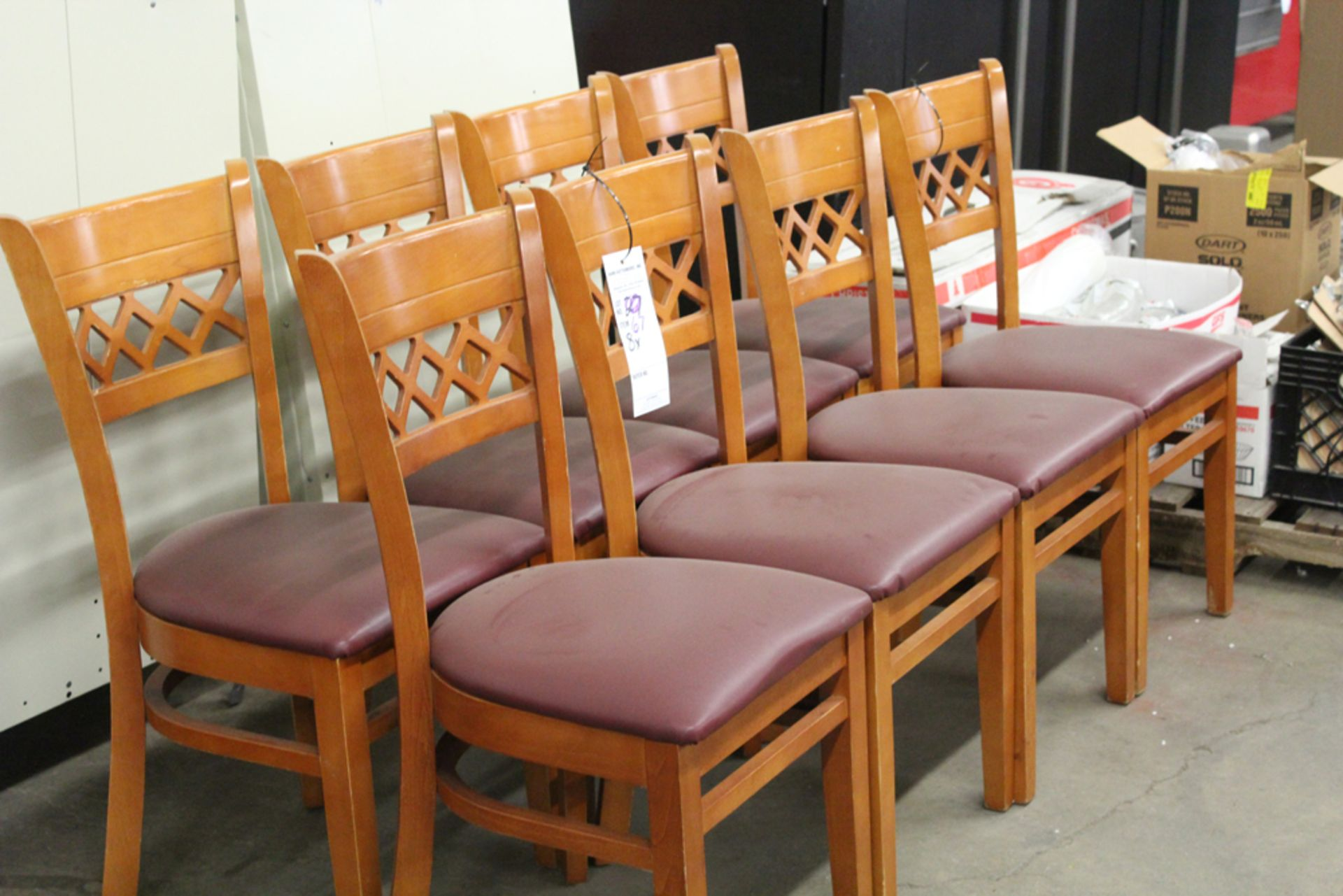 Lot 67 - 8x padded chairs