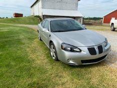 2008 Pontiac Grand Prix GXP V8 Leather and all options  Runs good 185K mikes