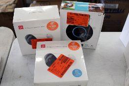 3x cameras