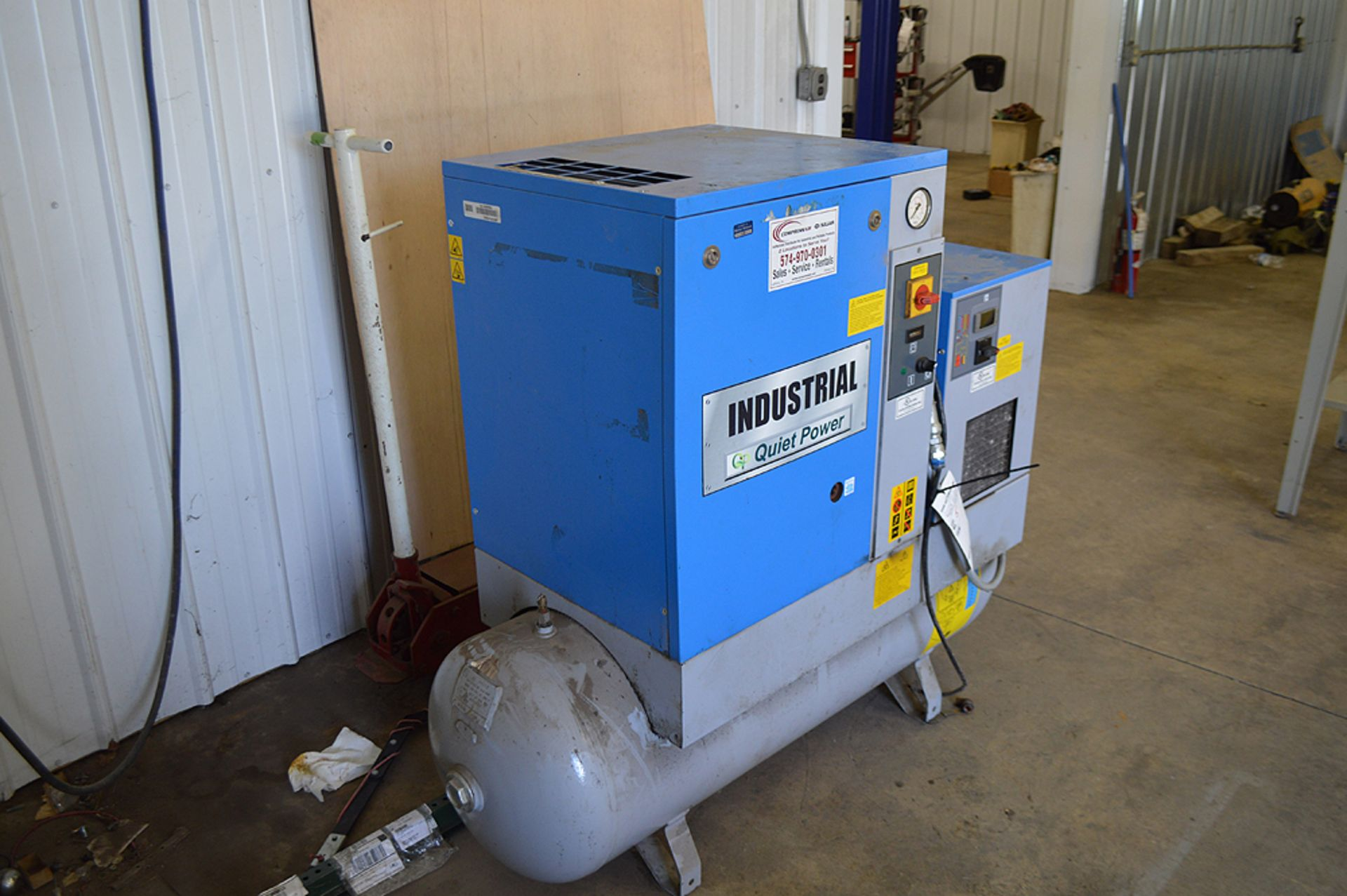 Lot 5 - INDUSTRIAL QUIET POWER 2015 SINGLE PHASE AIR COMPRESSOR, 5 HP