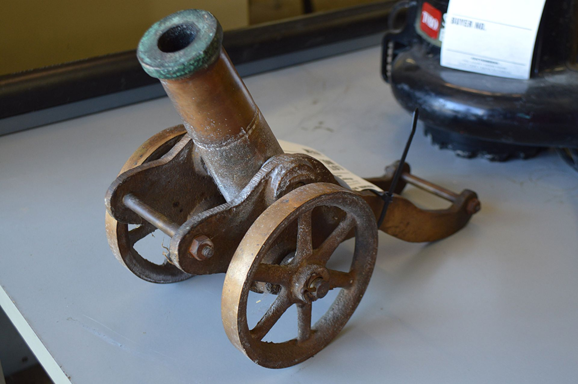 Lot 20 - BRASS CANNON
