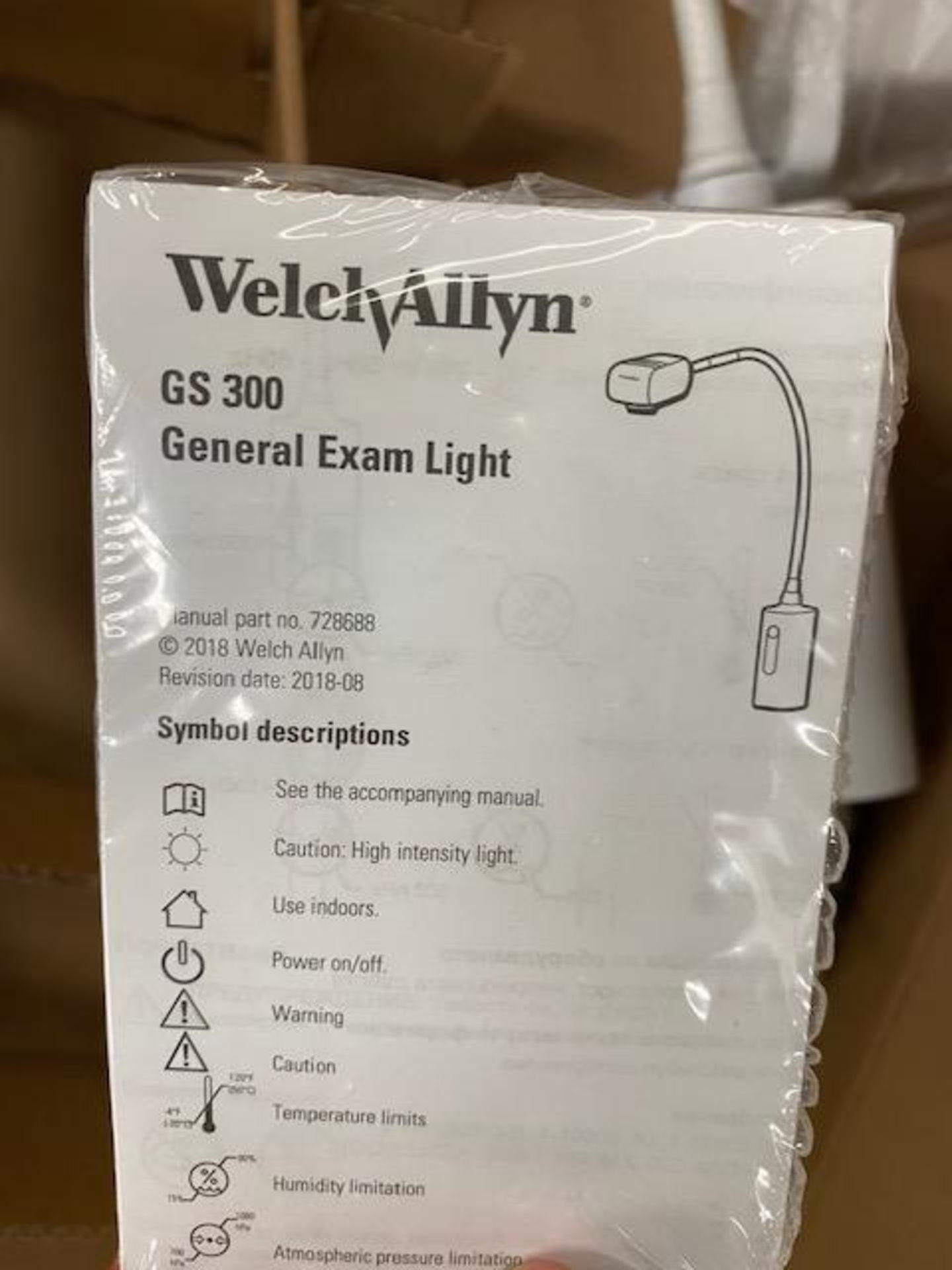 Lot 315 - WELCH ALLYN NEW EXAM LIGHT GS300