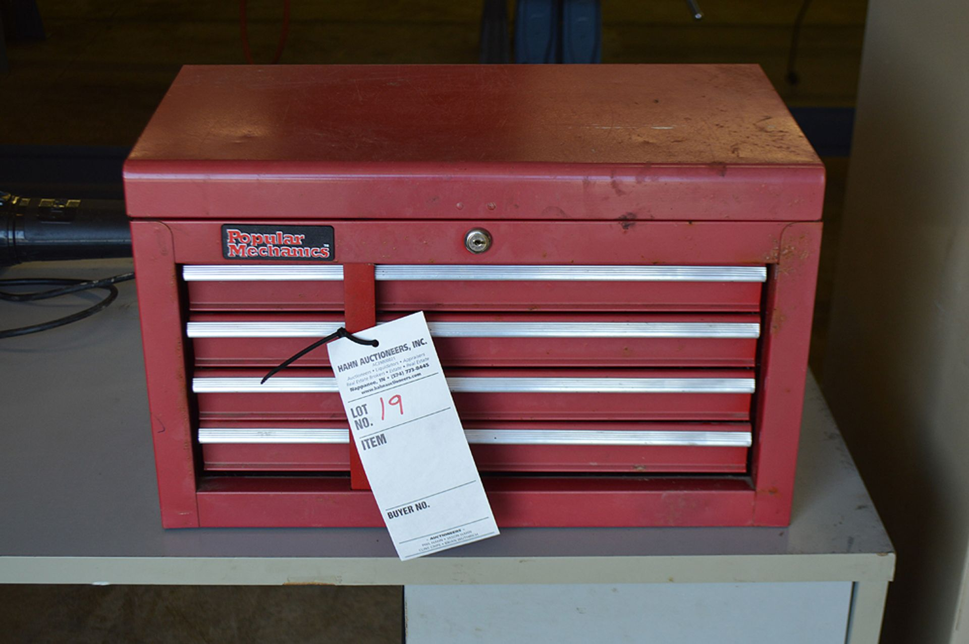 Lot 19 - POPULAR MECHANICS TOOL BOX