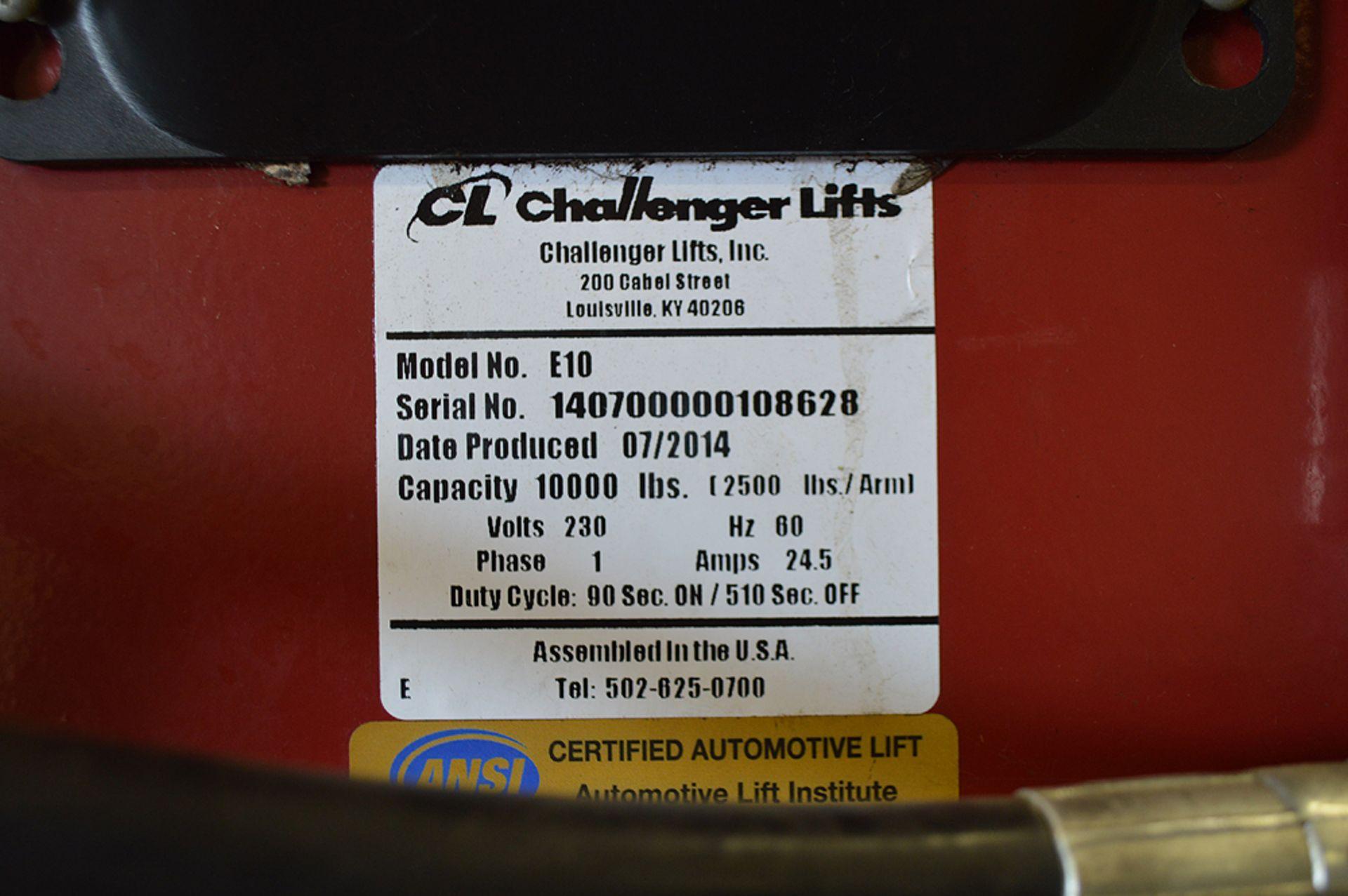 Lot 2 - CHALLENGER LIFT MADE IN 2014 10K LB FREESTANDING CAR LIFT