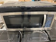 (4) MICROWAVE OVENS