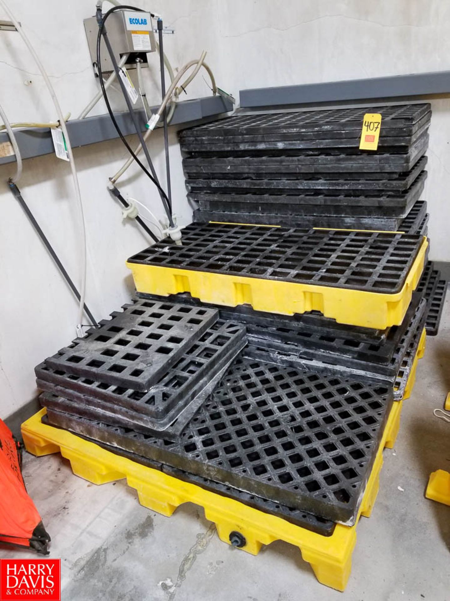 Lot 407 - Lot of Containment Pellet Screens