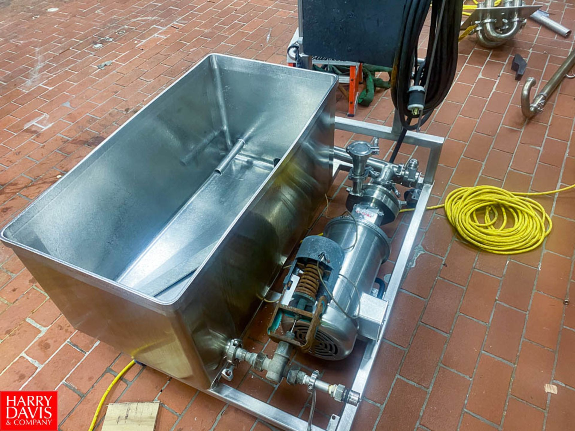 Lot 4 - S/S COP Tank With Anderson Chart Recorder And Fristam 5 Hp. Pump - Rigging Fee: $ 200