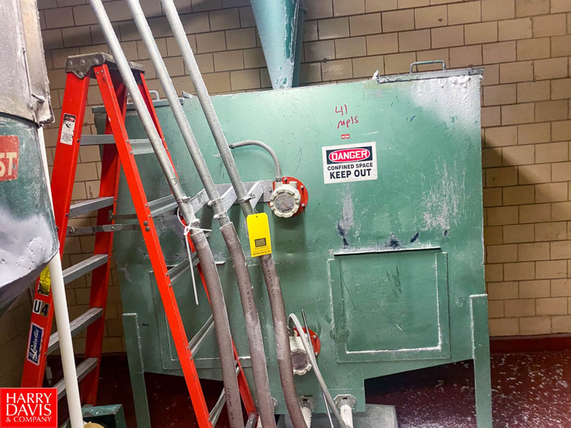 Lot 311 - Resin Holding Tank With 2 level Sensors - Rigging Fee: $ 650