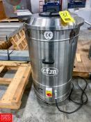 CFM S/S Vacuum Model R305X, S/N 09AD762