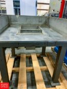 "46"" X 46"" S/S Feed Table"
