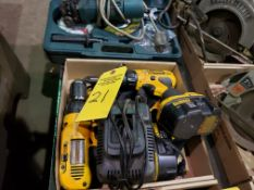 TWO DEWALT 18V CORDLESS DRILLS WITH BAG AND CHARGER, BOTH RUN