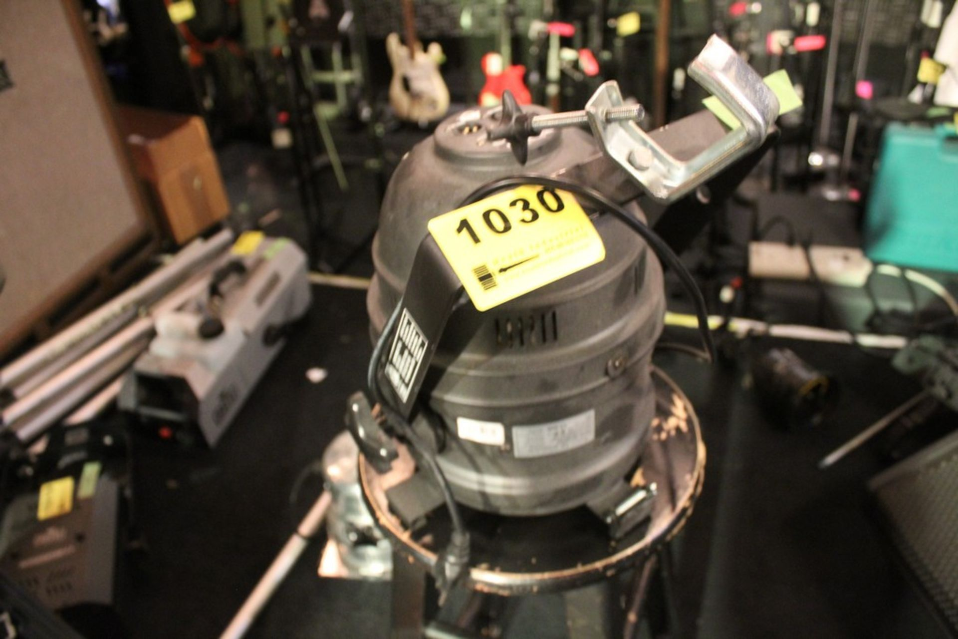 Lot 1030 - AMERICAN MODEL DJ P64 PROFESSIONAL CAN DMX LED LIGHT