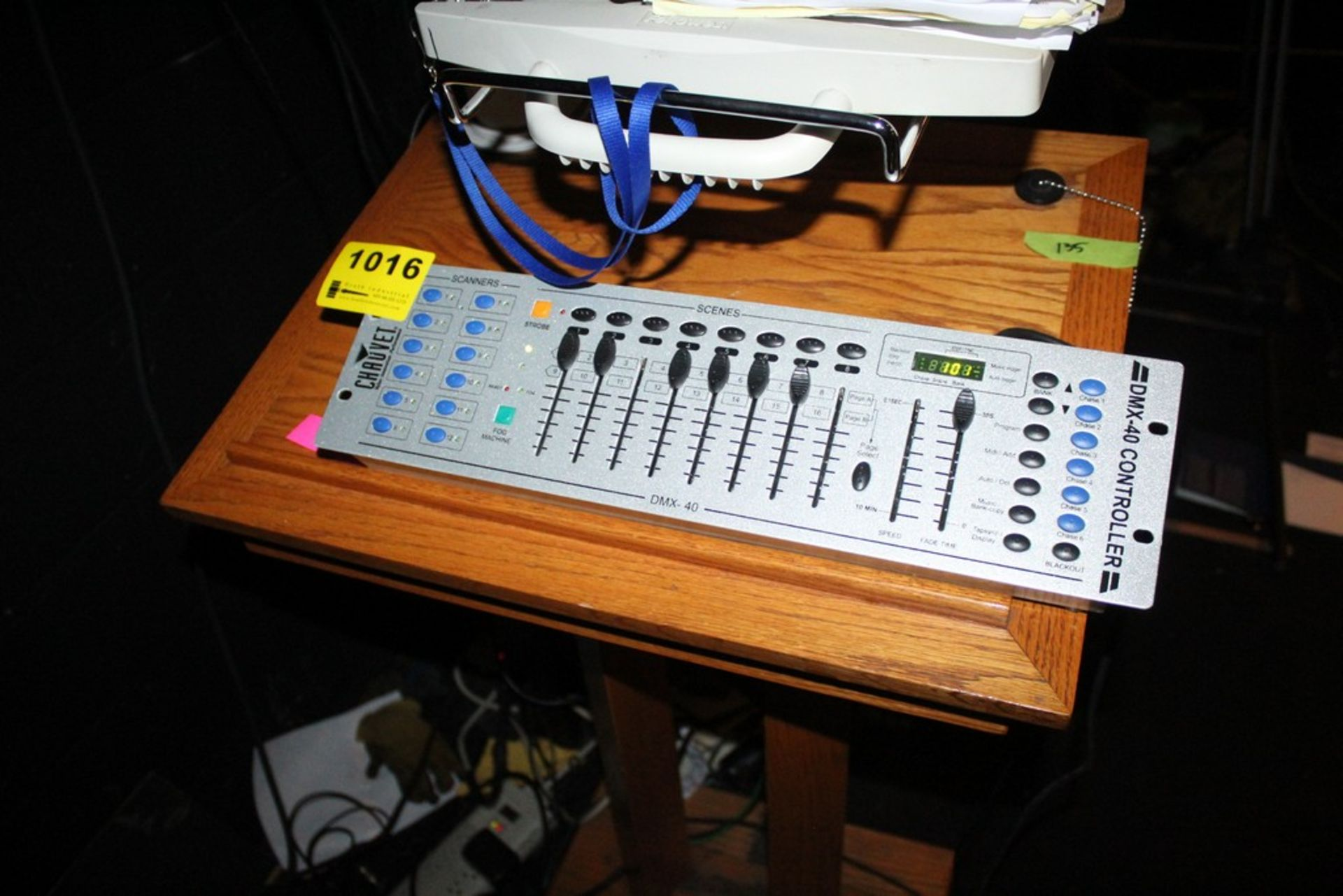 Lot 1016 - CHAUVET MODEL DMX 40 LIGHT CONTROLLER