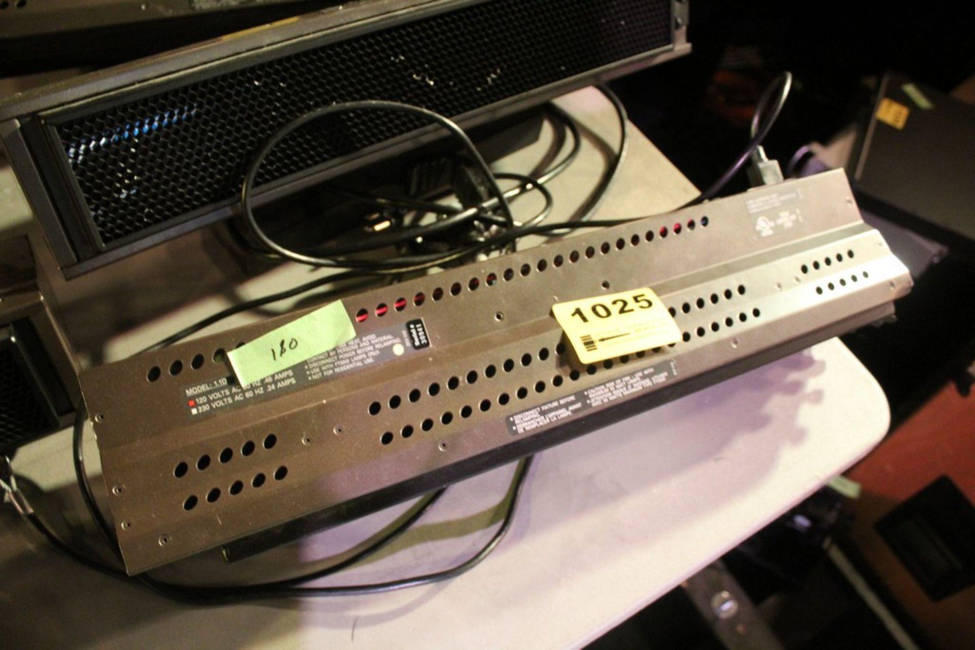 Lot 1025 - BRIGHTLINE MODEL 1.1D 10 AMP STAGE LIGHT SERIES 1 DMX LIGHT