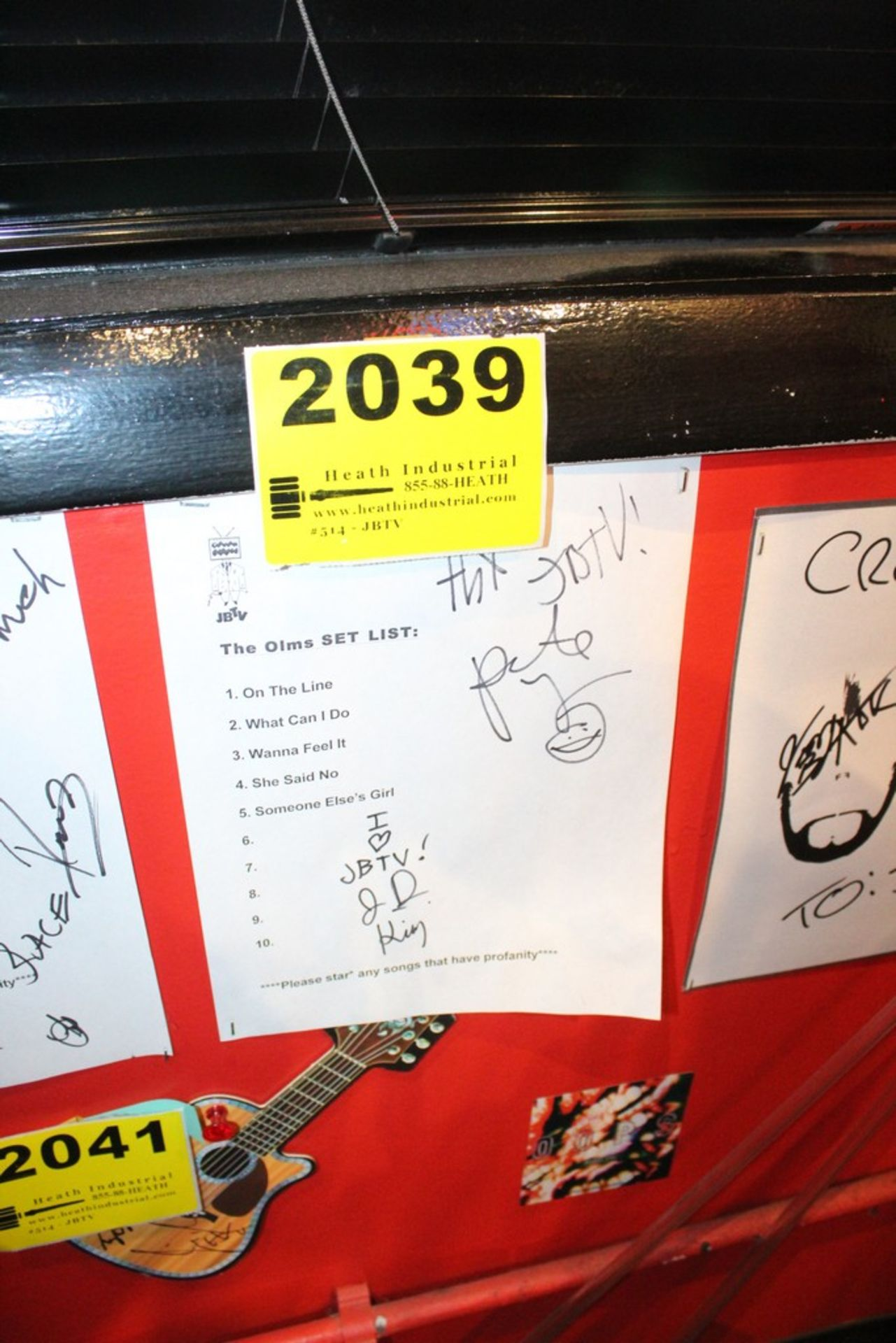 Lot 2039 - The Olms Signed Set List