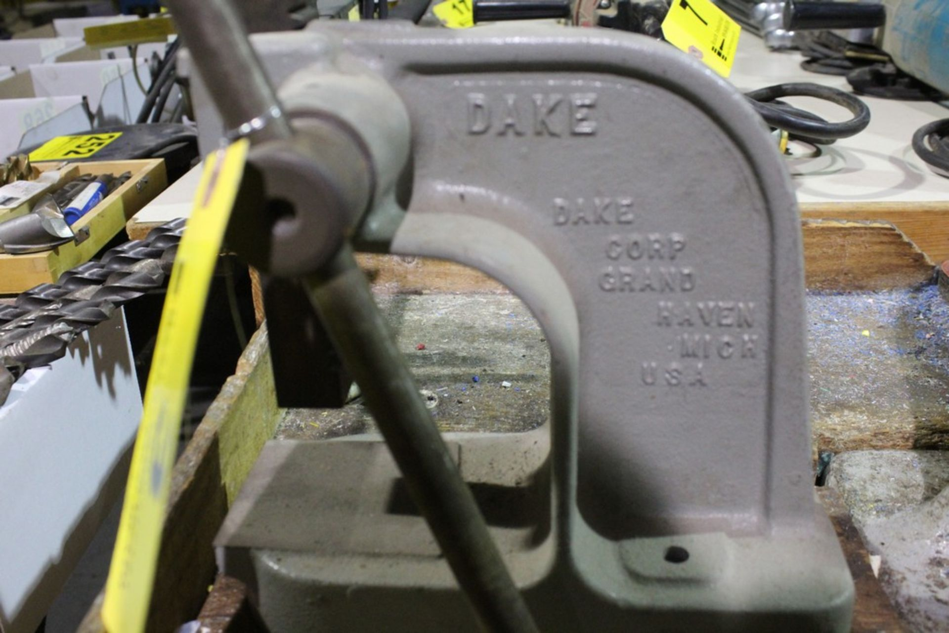 Lot 3 - DAKE MODEL X BENCHTOP ARBOR PRESS