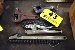 ASSORTED CHAIN TOOLS AND KANT TWIST CLAMP