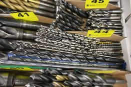 LARGEQTY OF LONG DRILL BITS