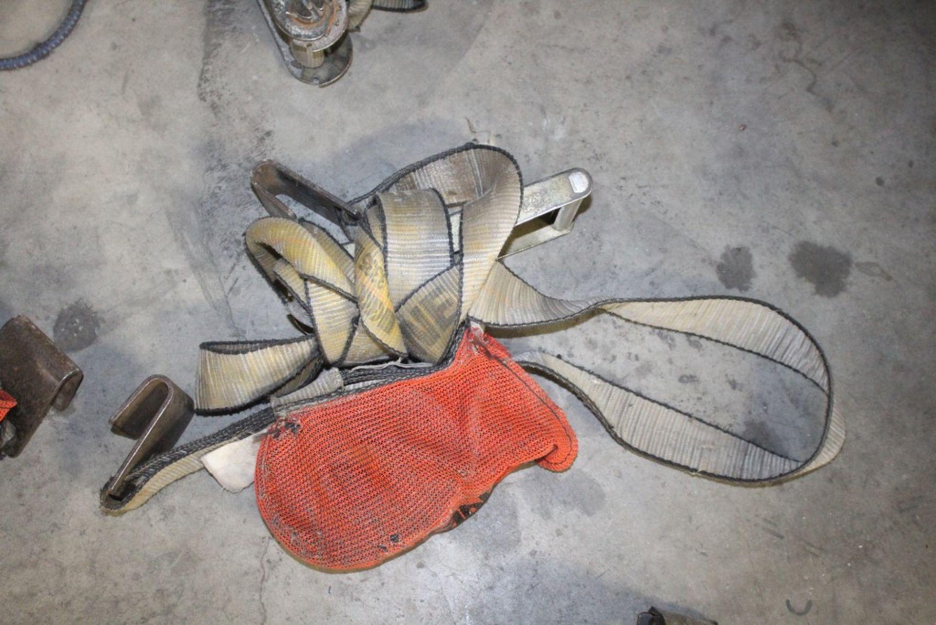 Lot 29 - Rachet & Tie Down Straps - (8) Total Complete Pieces