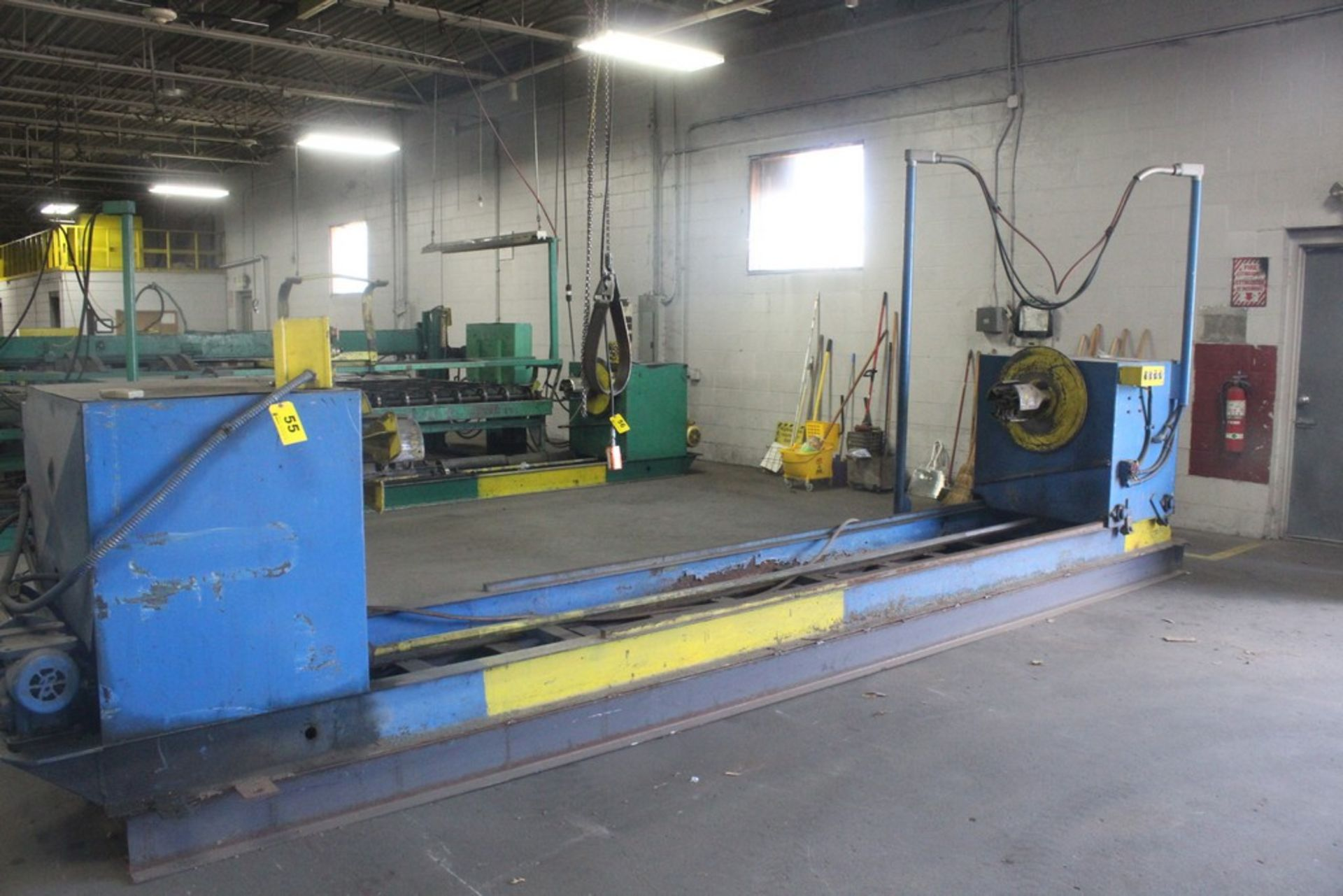 Lot 55 - 6000 Lbs Capacity Motorized Double End Uncoiler / Rewinder, Serial Number: N/A Motorized