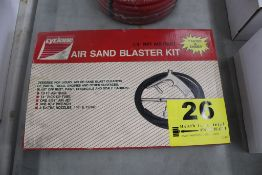 "CYCLONE AIR SAND BLAST KIT 1/4"" NPT INLET"