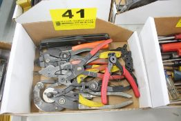 ASSORTED SNAP RING PLIERS IN BOX