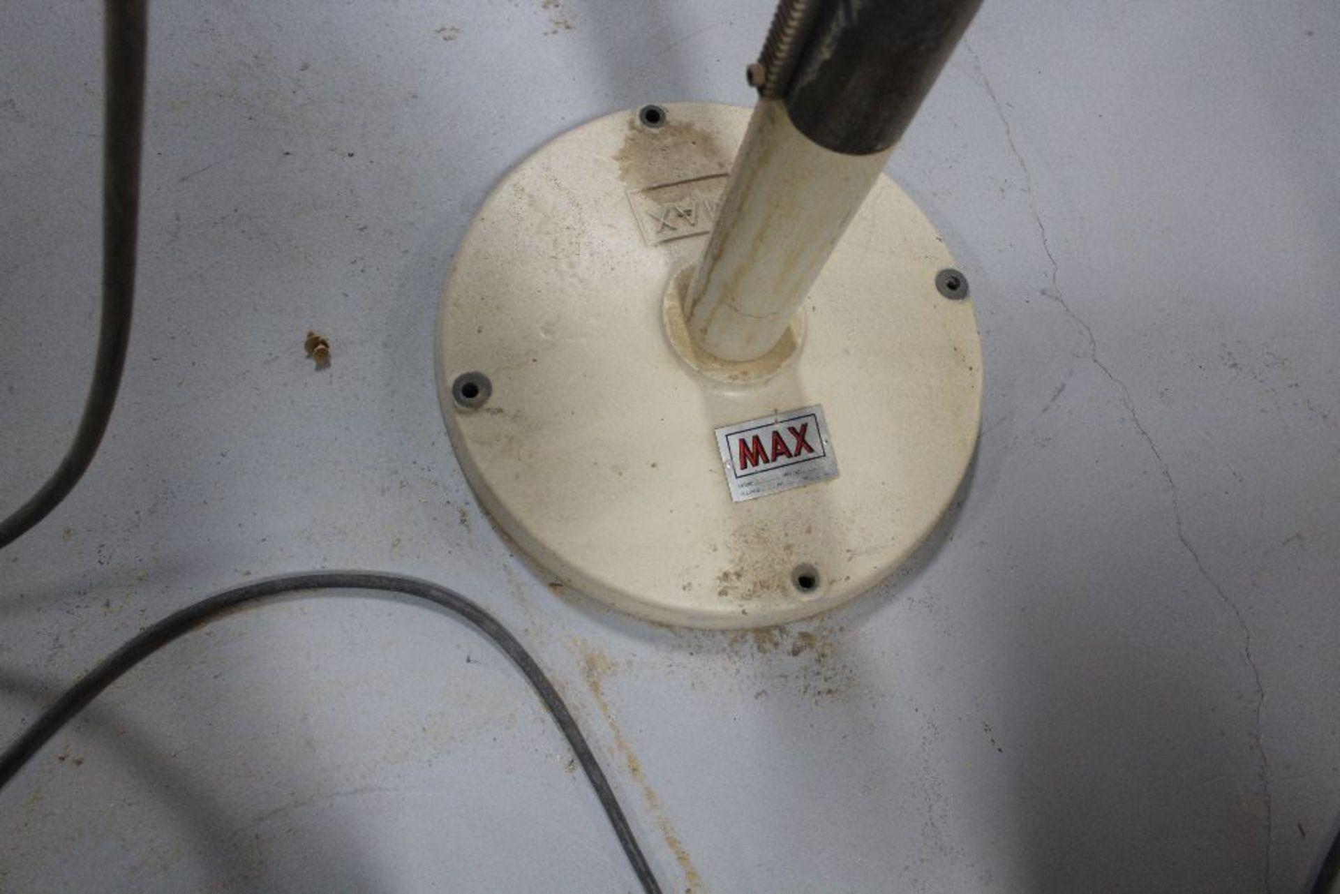 "Lot 021 - Max 18"" disk sander, model 18SD, sn 94349, 460 volts, 1 1/2 hp.,"