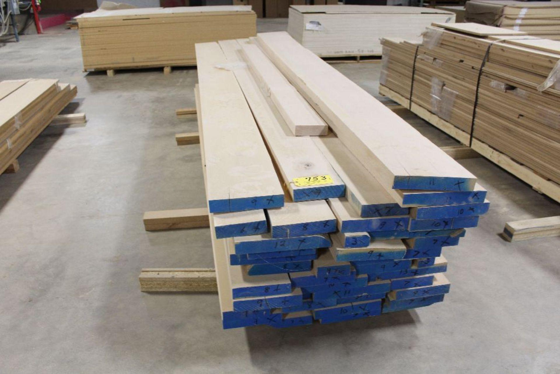 Lot 753 - Lumber, Poplar, 1 3/4 x 9', 10', 12' x 12'.