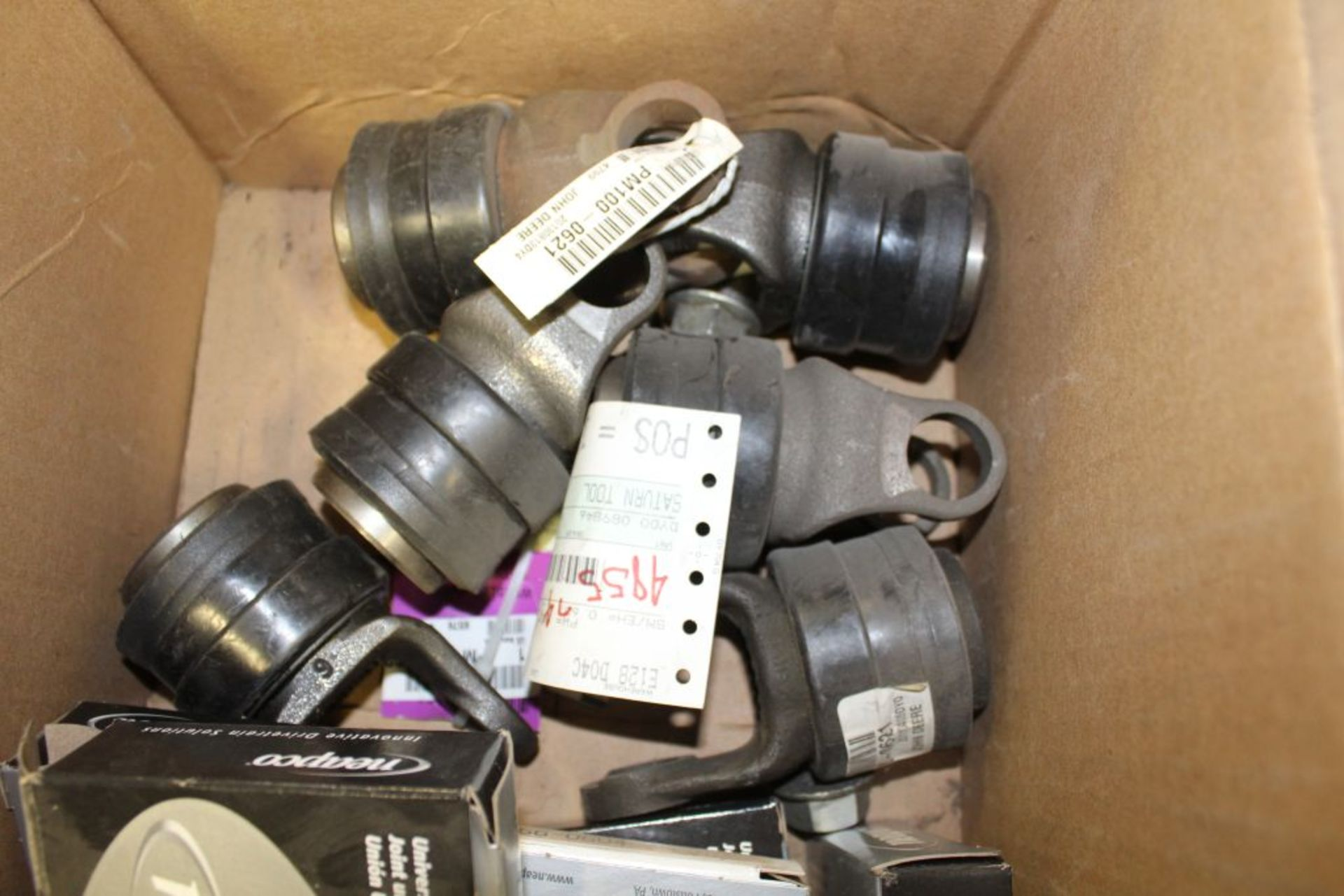 Lot 374 - U-joints, kaller gas springs.