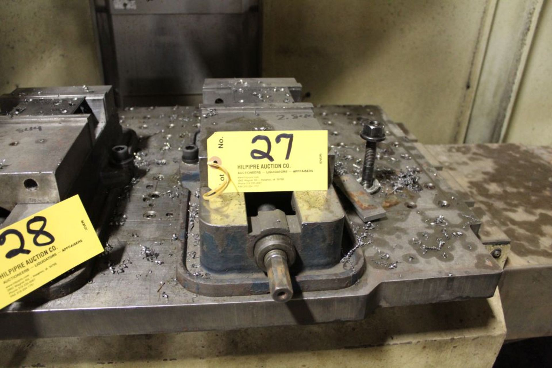 "Lot 027 - Machine vise 6"". Sells with owners confirmation."