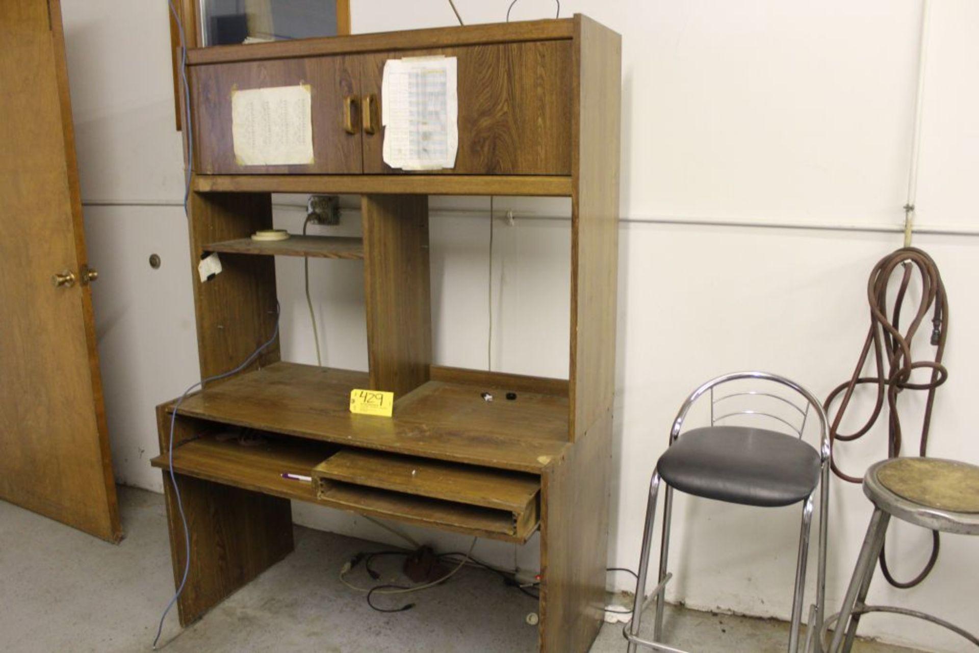 Lot 429 - Work station desk.
