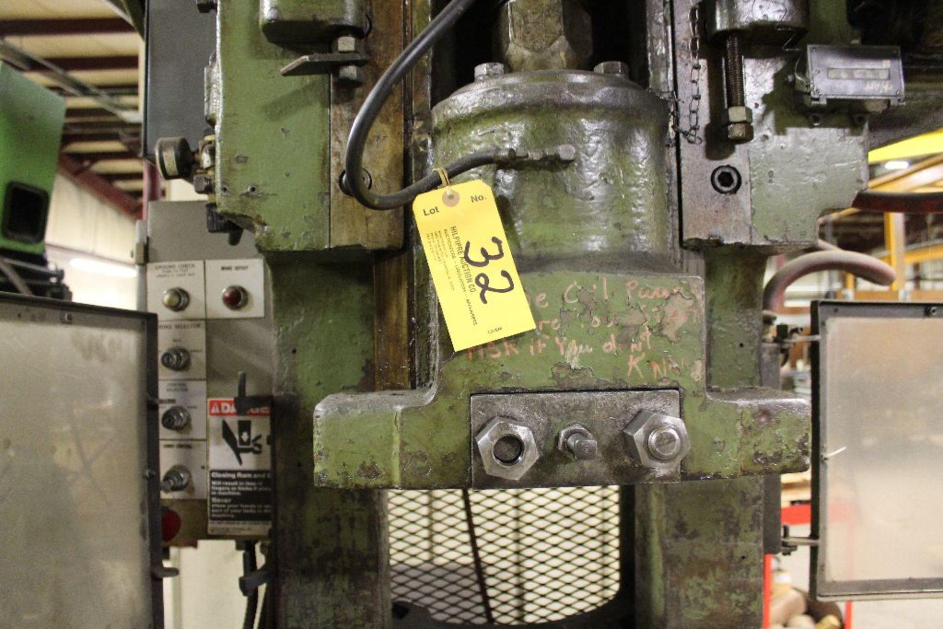 Lot 032 - 1968 Bliss OBI press, sn H59703; H45828, 60 T., Stroke 8, shut height, air cushion, photo electric