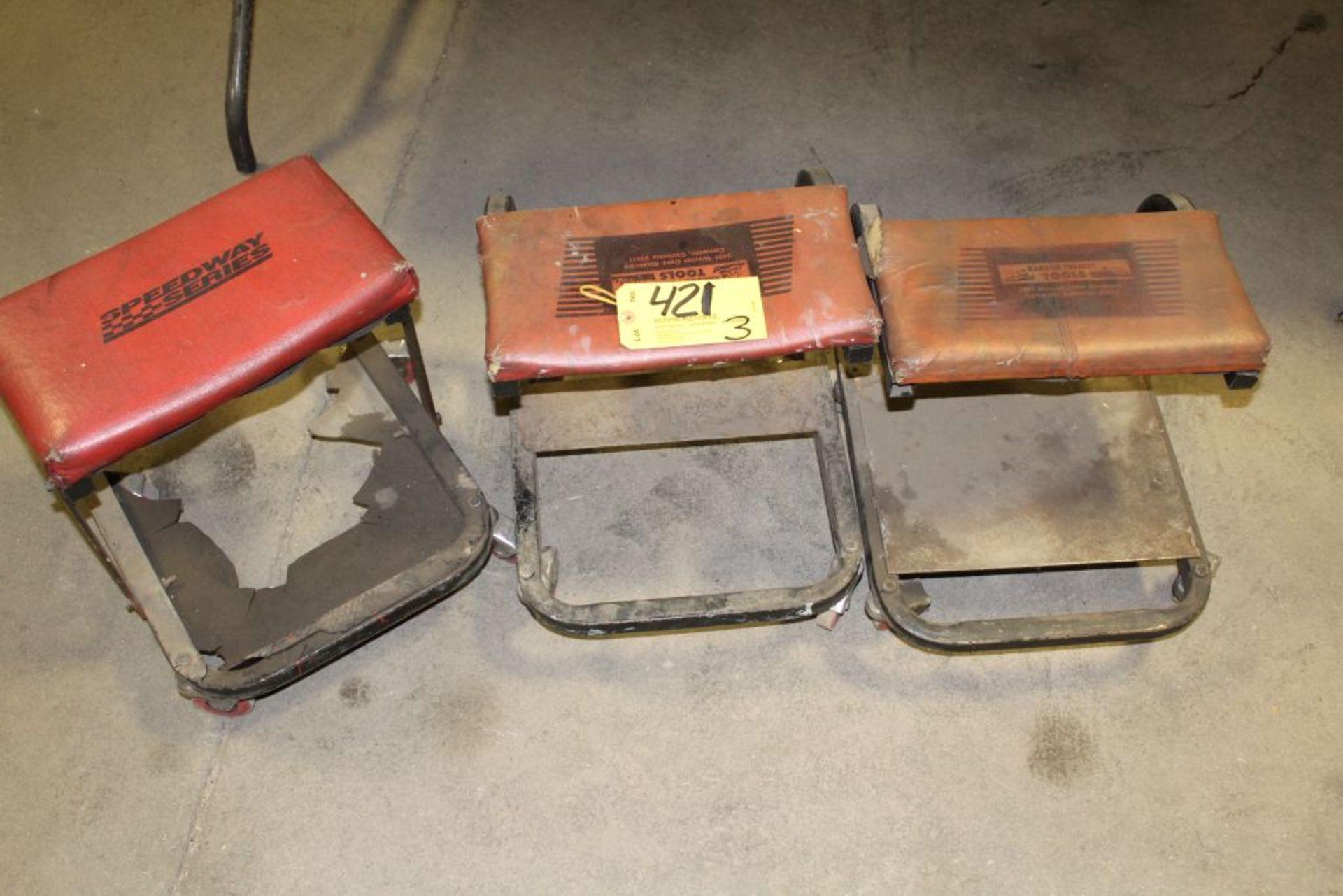 Lot 421 - Creeper stools.