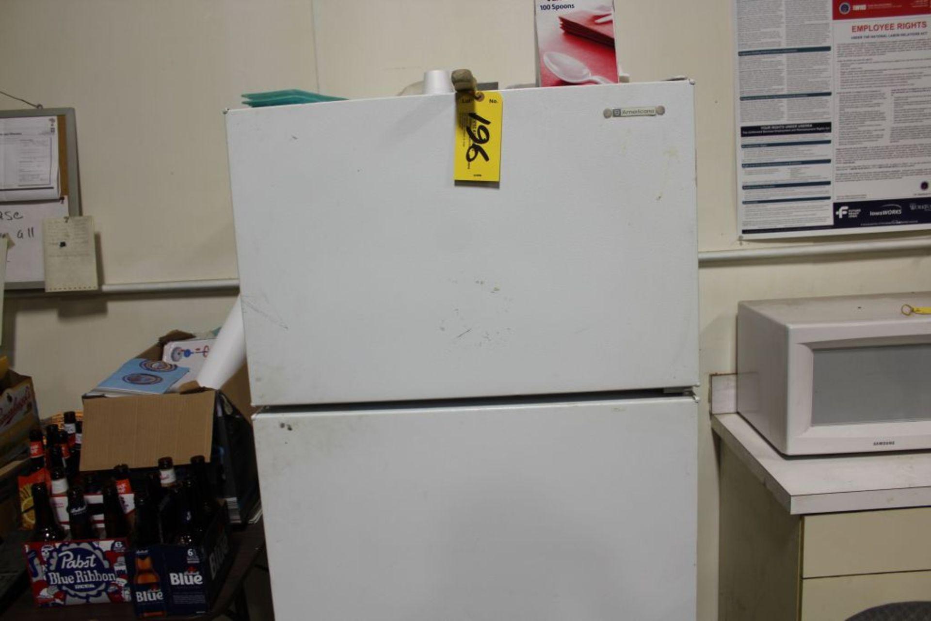 Lot 196 - American refrigerator.