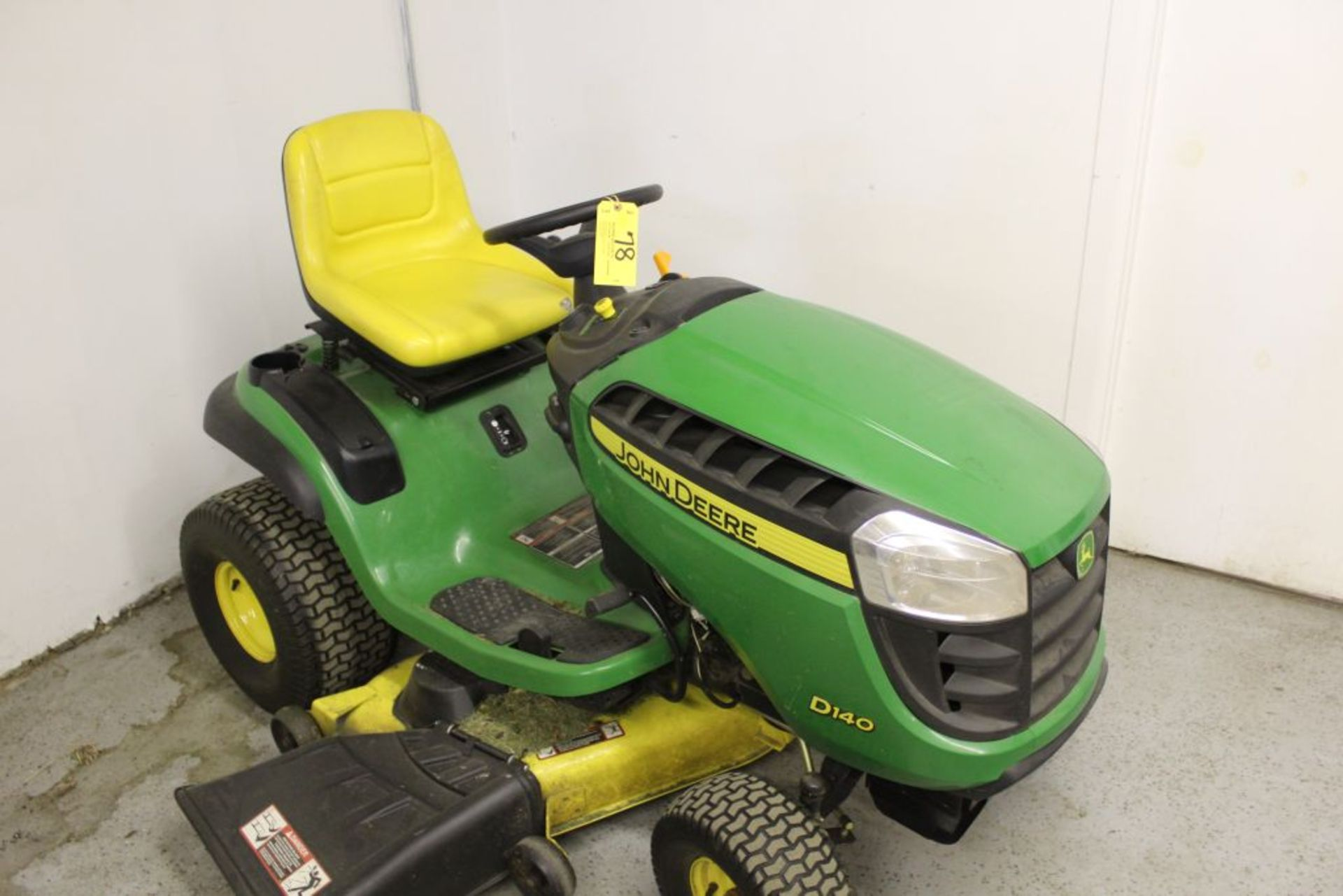 "Lot 078 - John Deere D140 mower, 48"" cut, 22 hp., hrs. on meter 148."