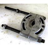 OTC No. 952 Bearing Splitter