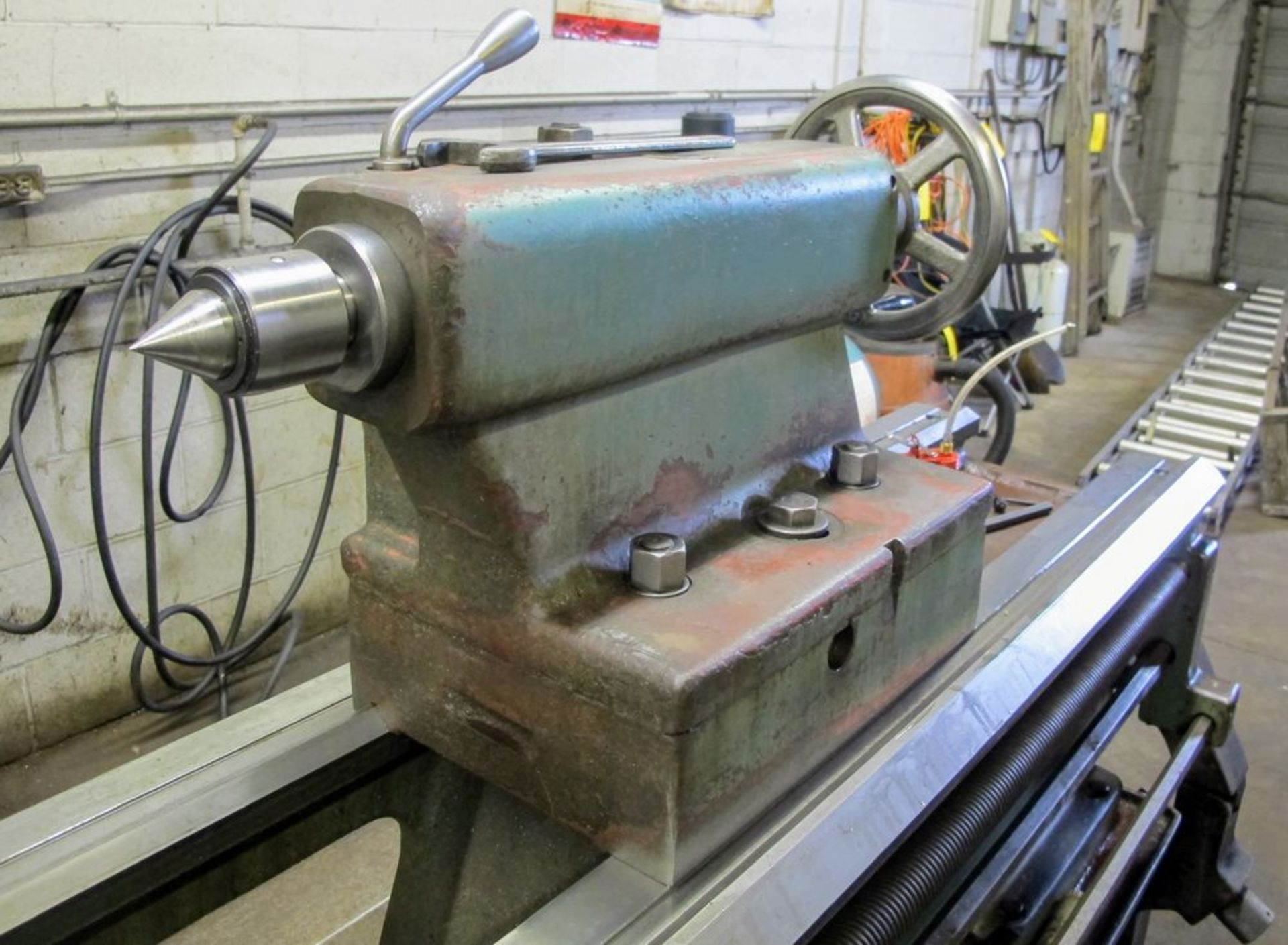 """TOS TRENCIN SN71B LATHE, 28"""" SWING, 7' BED, 3 JAW CHUCK, TAIL STOCK, STEADY REST, QUICK CHANGE - Image 7 of 10"""