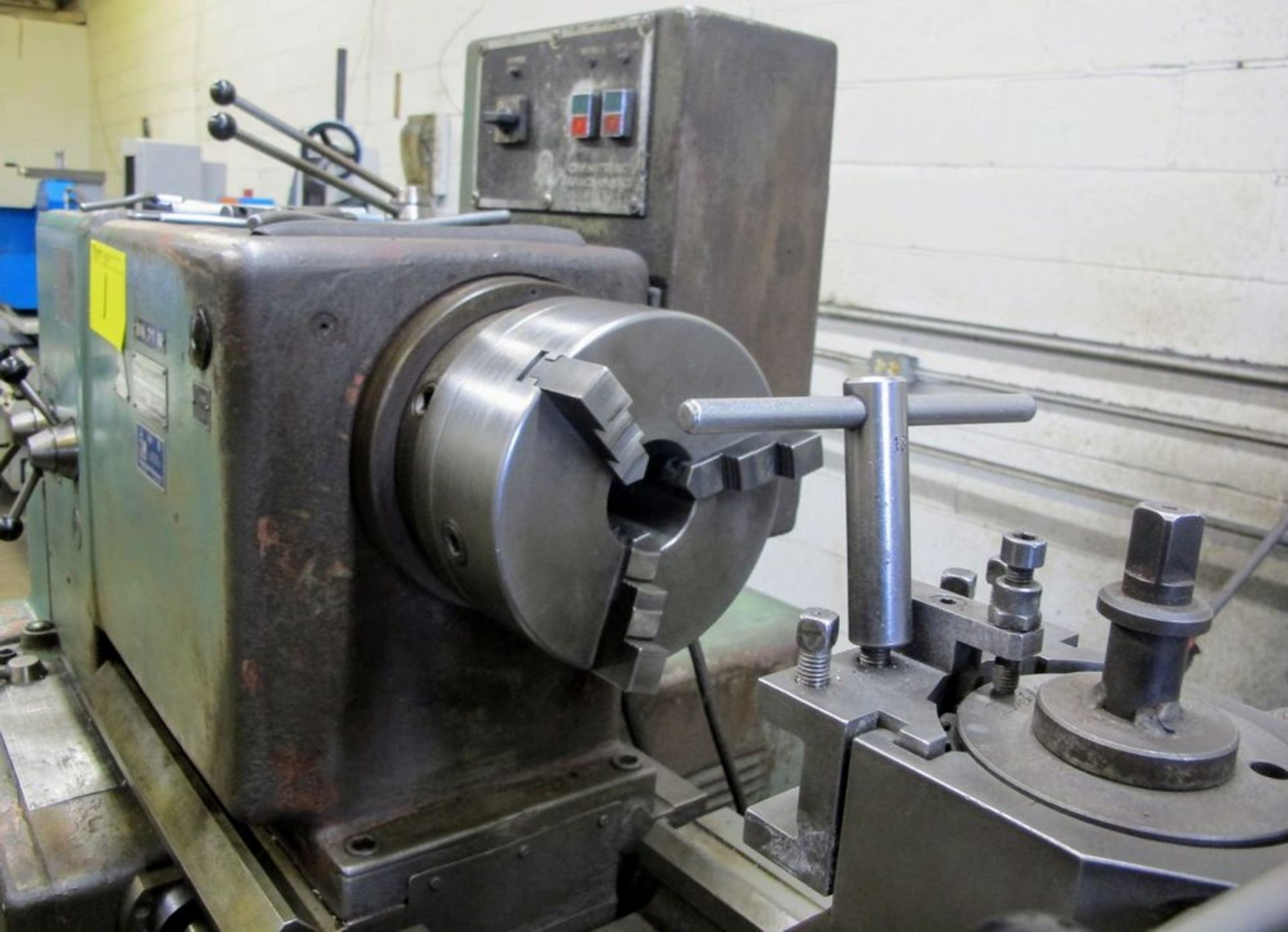 """TOS TRENCIN SN71B LATHE, 28"""" SWING, 7' BED, 3 JAW CHUCK, TAIL STOCK, STEADY REST, QUICK CHANGE - Image 8 of 10"""
