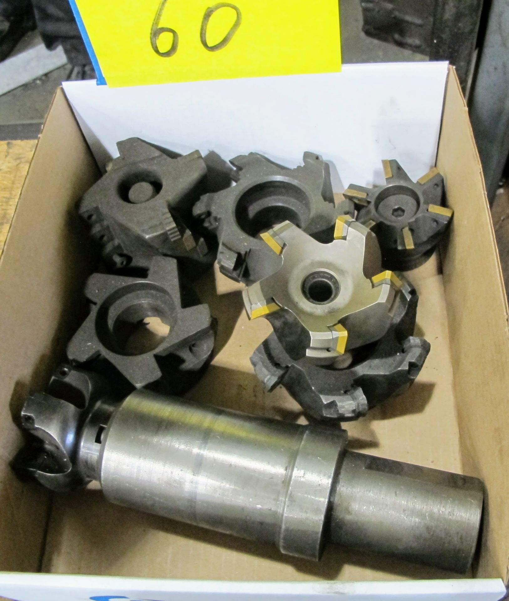 Lot 60 - LOT OF 1 BOX OF CARBIDE CUTTING HEADS AND HOLDER