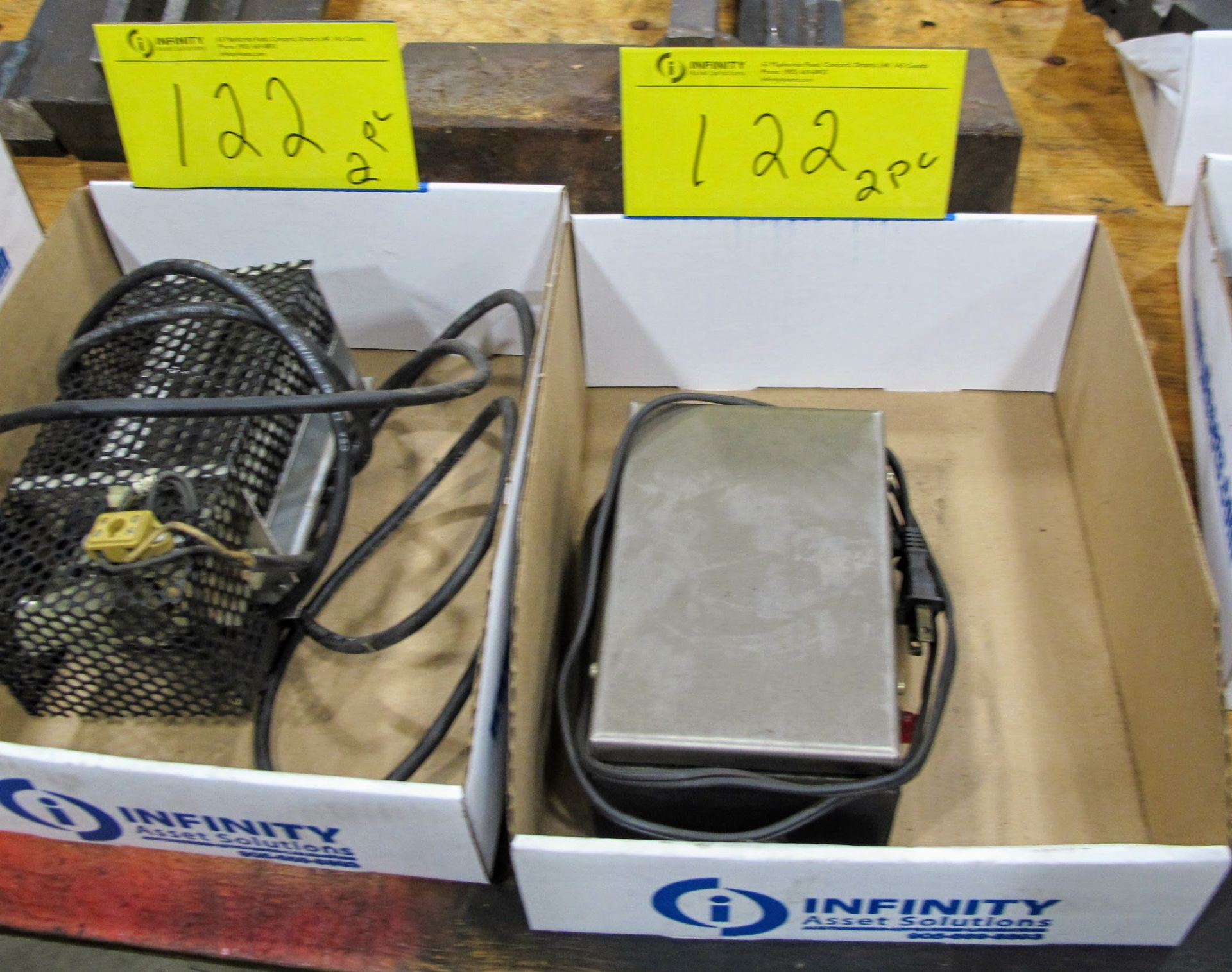 Lot 122 - PYH DEMAGNETIZER, MODEL TD21Y AND PORTABLE ELECTRIC BLOWER/HEATER