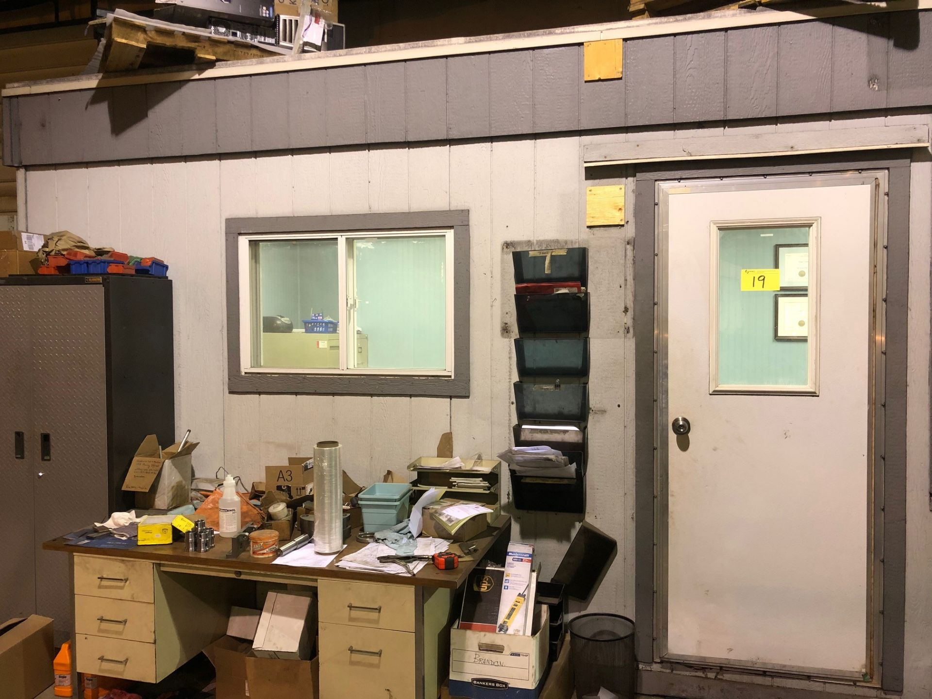 Lot 19 - 10' x 20' PORTABLE OFFICE UNIT (NO CONTENTS)