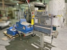 Nordson PROblue 7 single bead 90degrees hot melt. Wexxar Packaging case sealer. Model/Serial 270-